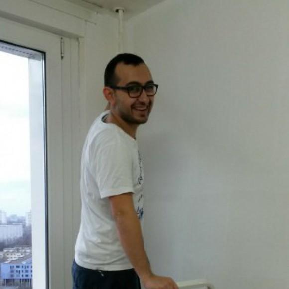 Profile picture of Ahmad alarashi
